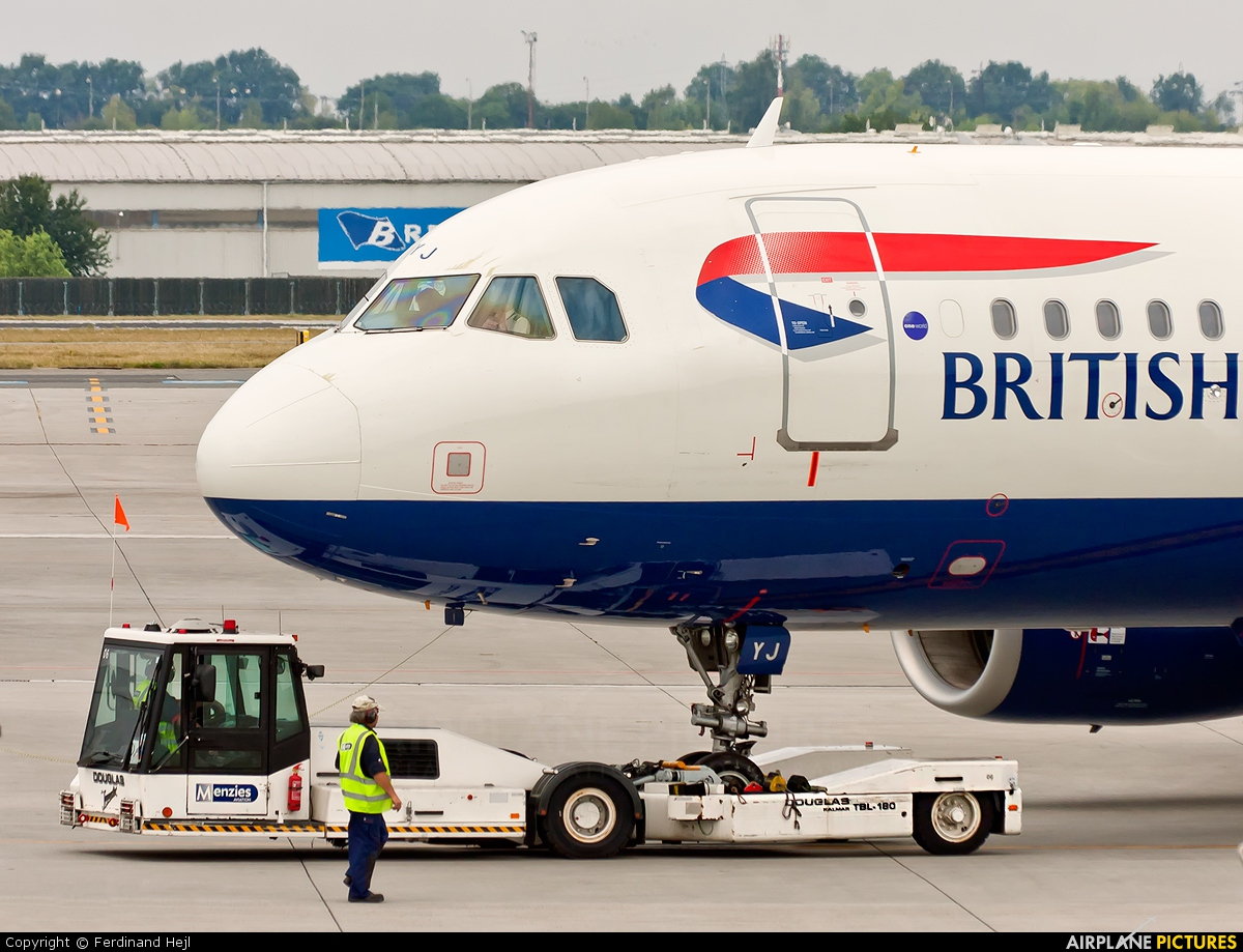 British Airways G-EUYJ aircraft at Prague - Václav Havel
