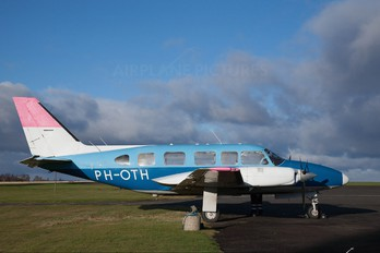 PH-OTH - Private Piper PA-31 Navajo (all models)