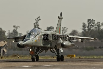 JT051 - India - Air Force Sepecat Jaguar IB