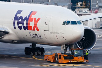 N892FD - FedEx Federal Express Boeing 777F