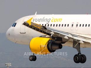 EC-IZQ - Vueling Airlines Airbus A320