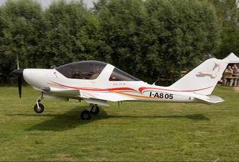 I-A805 - Private TL-Ultralight TL-2000 Sting S4