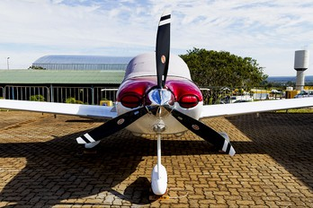 PP-AUG - Private Cirrus SR22