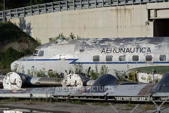 MM61922 - Italy - Air Force Douglas C-118A Liftmaster