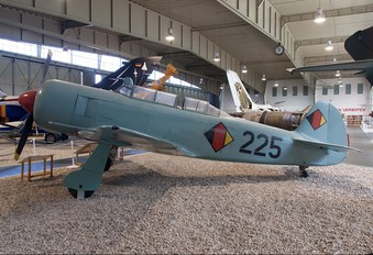 225 - Germany - Democratic Republic Air Force Yakovlev Yak-11