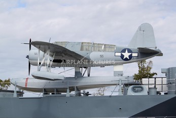 3073 - USA - Navy Vought OS2U-3 Kingfisher