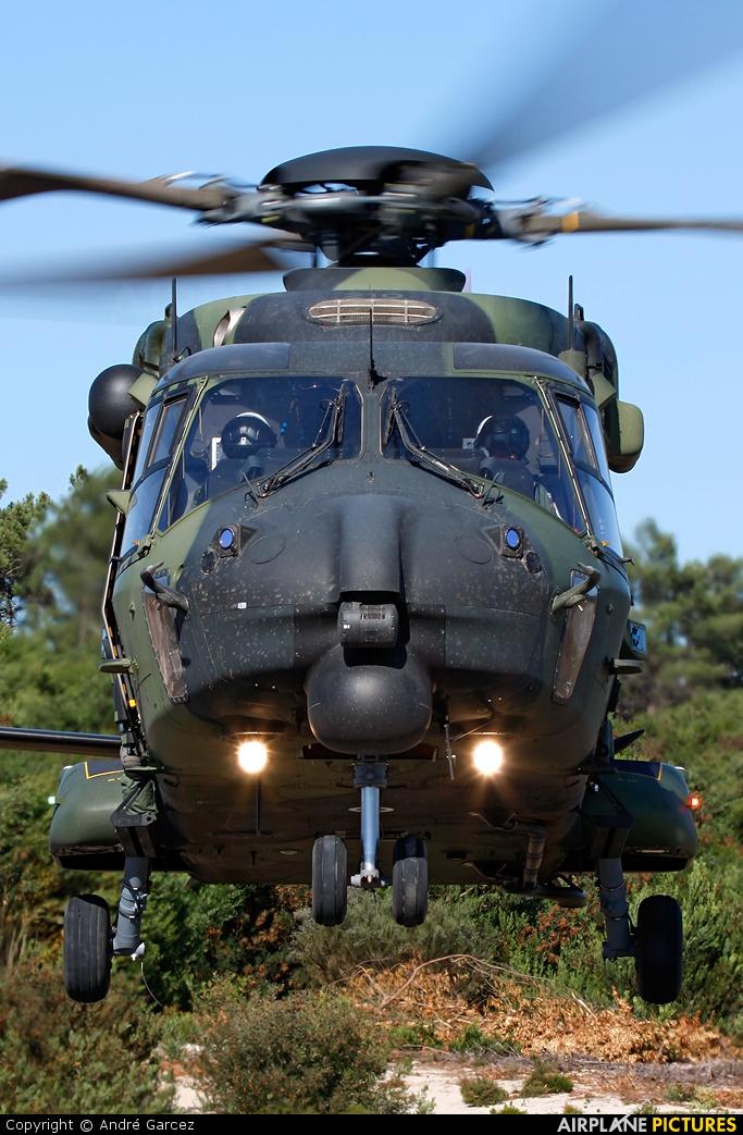Finland - Army NH-210 aircraft at Ovar