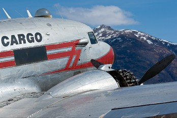 N50CM - Bush Air Cargo Douglas C-47A Skytrain