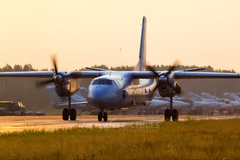 60 - Russia - Air Force Antonov An-26 (all models)
