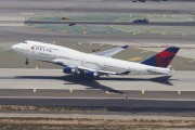 N664US - Delta Air Lines Boeing 747-400 aircraft