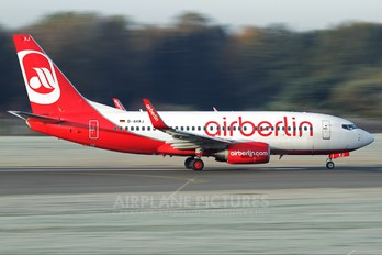 D-AHXJ - Air Berlin Boeing 737-700