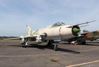 9861 - Germany - Democratic Republic Air Force Sukhoi Su-20
