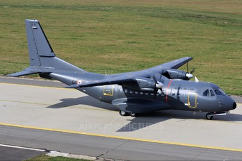 165 - France - Air Force Casa CN-235