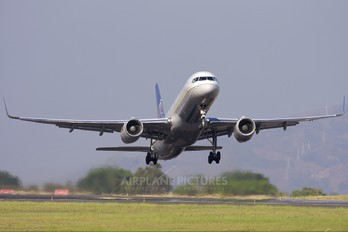N14118 - Continental Airlines Boeing 757-200