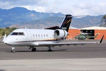 N440KM - Private Canadair CL-600 Challenger 600 series