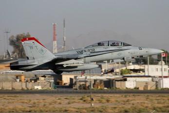 165687 - USA - Marine Corps McDonnell Douglas F/A-18D Hornet