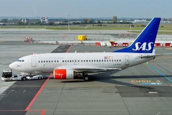 LN-RCW - SAS - Scandinavian Airlines Boeing 737-600