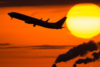 JA73NC - Skymark Airlines Boeing 737-800