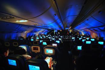 N709DN - Delta Air Lines Boeing 777-200LR