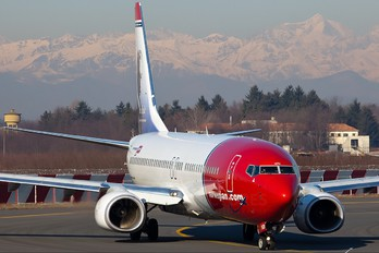 LN-NOI - Norwegian Air Shuttle Boeing 737-800