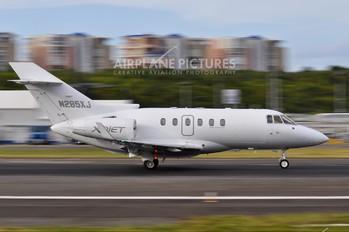 N285XJ - XOJet Hawker Beechcraft 800XP