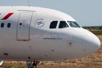 F-GHQE - Air France Airbus A320