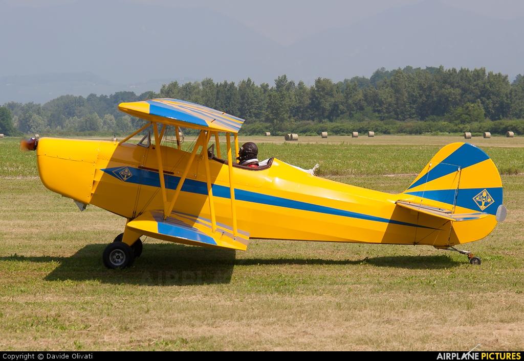 Fisher Celebrity Aircraft Crash - YouTube