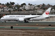 JA827J - JAL - Japan Airlines Boeing 787-8 Dreamliner aircraft
