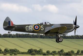 G-OXVI - Spitfire Supermarine Spitfire LF.XVIe