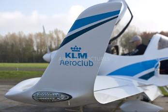 PH-KLQ - KLM Aeroclub Aquila 210