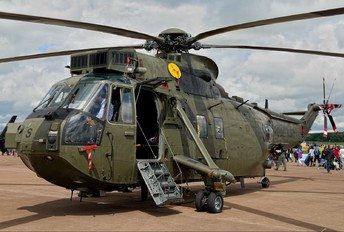 ZD626 - Royal Navy Westland Sea King HC.4