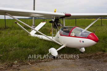 OK-ZUA 10 - Private Homebuilt Straton D7