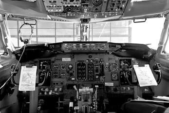 PR-WJG - WebJet Linhas Aéreas Boeing 737-300