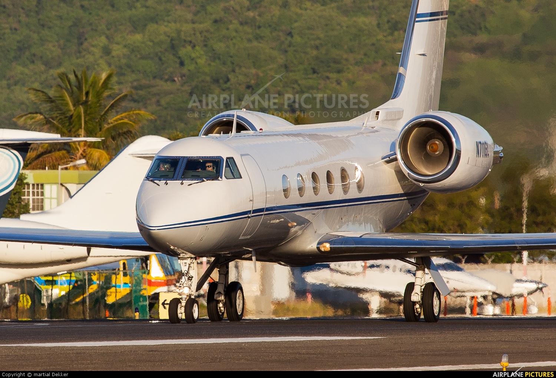 Private N711GL aircraft at Sint Maarten - Princess Juliana Intl