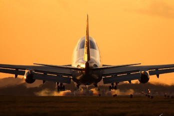 G-BNLU - British Airways Boeing 747-400
