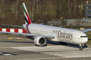 A6-EGF - Emirates Airlines Boeing 777-300ER