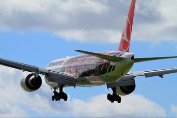 TC-JJI - Turkish Airlines Boeing 777-300ER