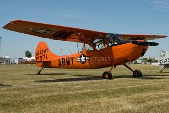 N90671 - Private Cessna L-19/O-1 Bird Dog