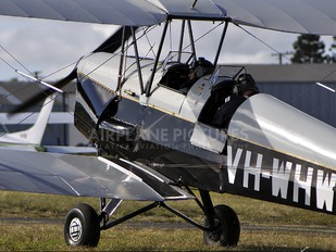 VH-WHW - Private de Havilland DH. 82 Tiger Moth