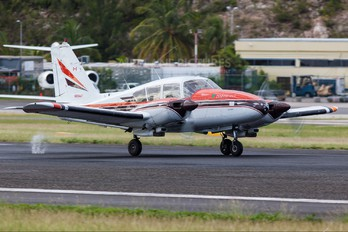 N6044Y - Private Piper PA-23 Aztec