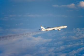 - - Etihad Airways Boeing 777-300ER