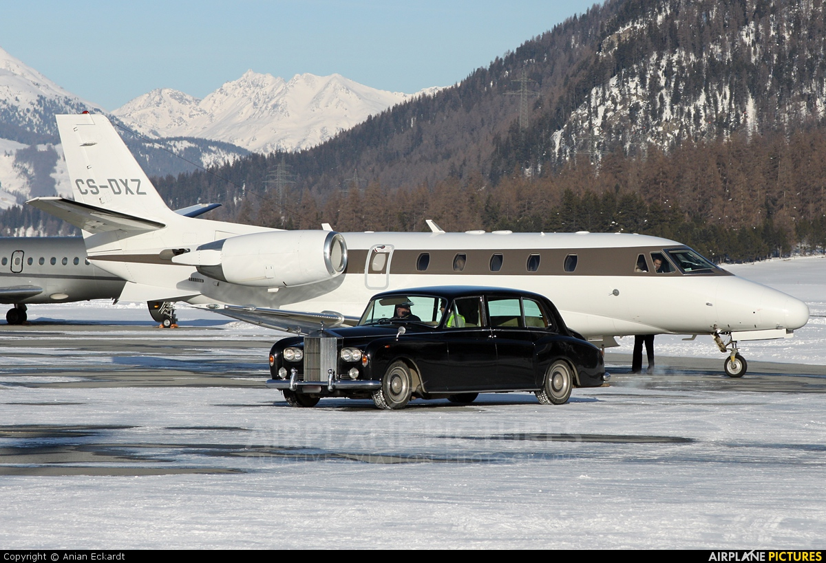 NetJets Europe (Portugal) CS-DXZ aircraft at Samedan - Engadin