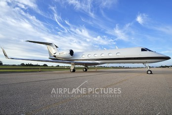 N614RD - Private Gulfstream Aerospace G-IV,  G-IV-SP, G-IV-X, G300, G350, G400, G450