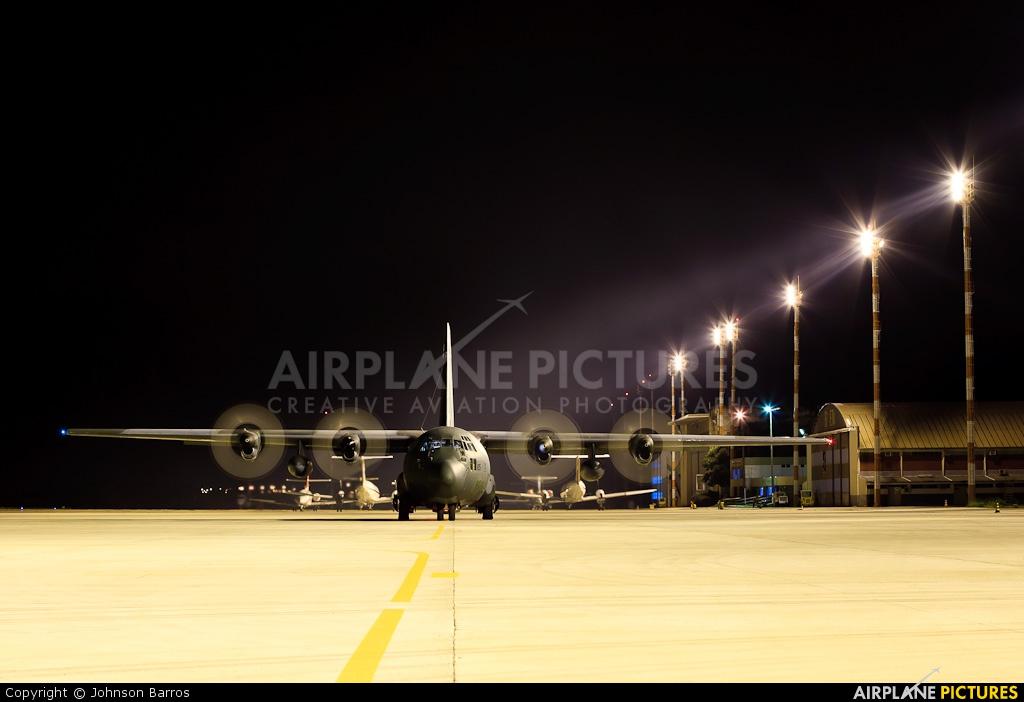 Brazil - Air Force 2465 aircraft at Brasília - Presidente Juscelino Kubitschek Intl