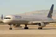 N57862 - United Airlines Boeing 757-300 aircraft