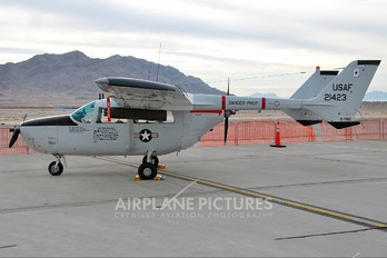 C-FFAC - Private Cessna 337 Skymaster