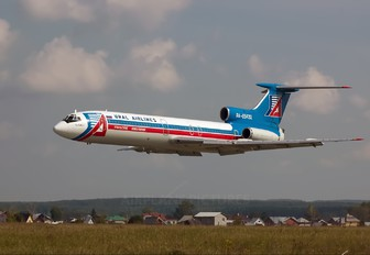 RA-85432 - Ural Airlines Tupolev Tu-154B