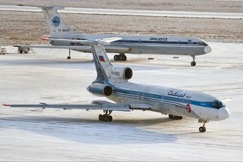RA-85690 - S7 Airlines Tupolev Tu-154M