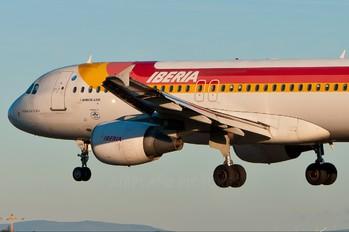 EC-LEA - Iberia Airbus A320