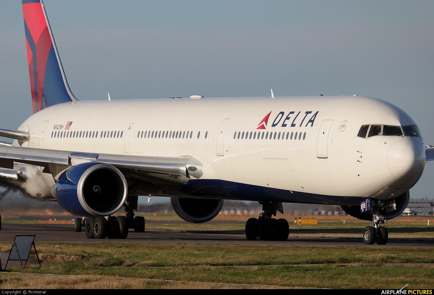 Boeing 767-400 ER. Photo. Video. Driving salon. Characteristics ...
